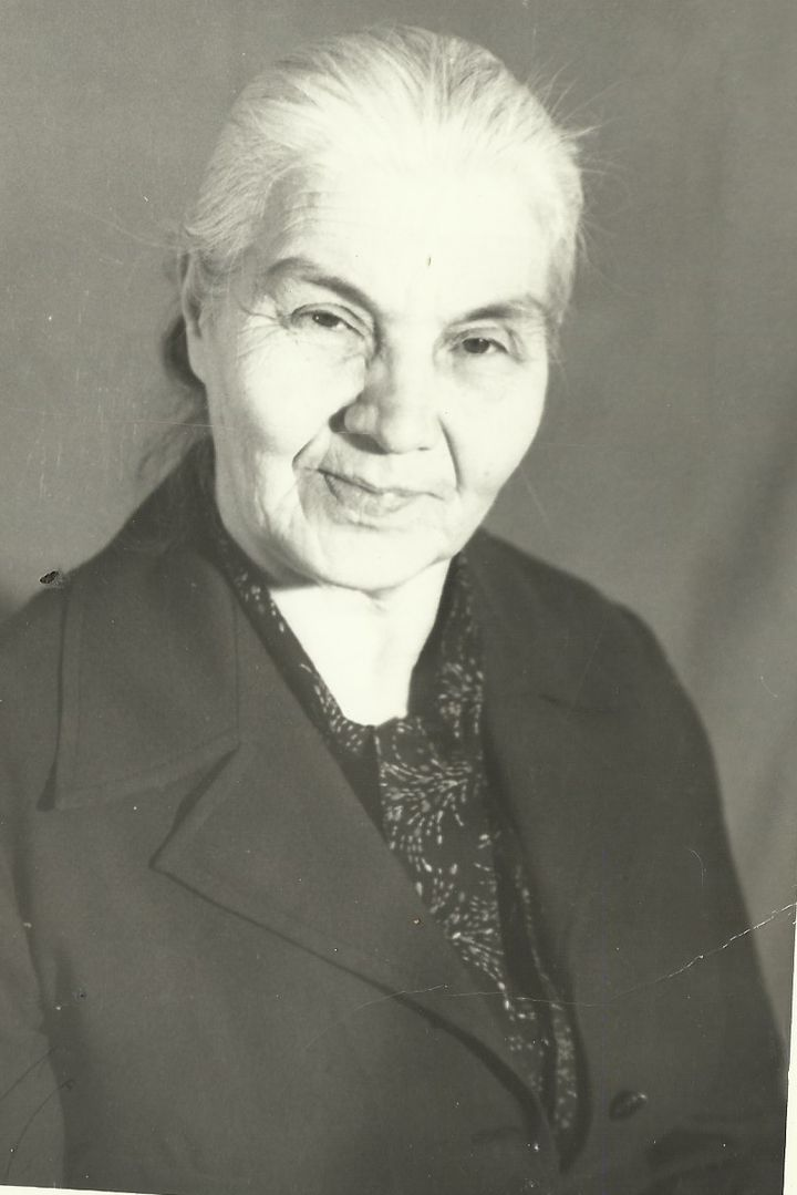 Н.А.Строгонова.